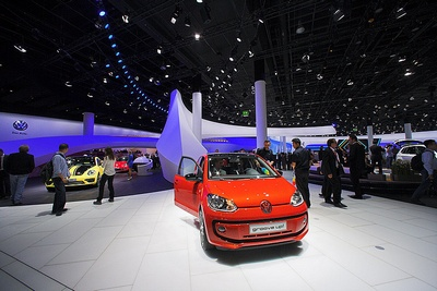 Designers Use Over LED Wash Lights At Frankfurt Auto Show - Led car show lights