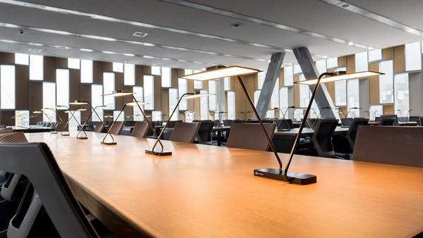 Rows Of LG OLED Table Lamps Can Be Seen At The University Library. (LG  Chem/LEDinside)