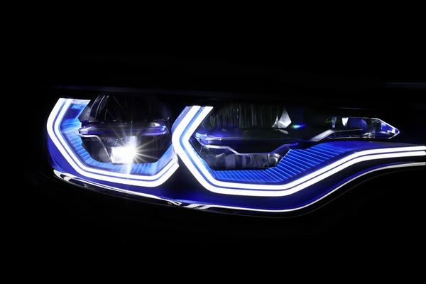 Bmw I8 Laser Headlights Awaiting U S Fda Approval Ledinside