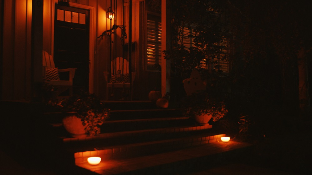Paranormal Activity Cinematographer Creates Creepy Halloween ... on haunted house lighting effects, led halloween spotlights, led backyard lighting, led halloween strobe lights, led halloween costumes,