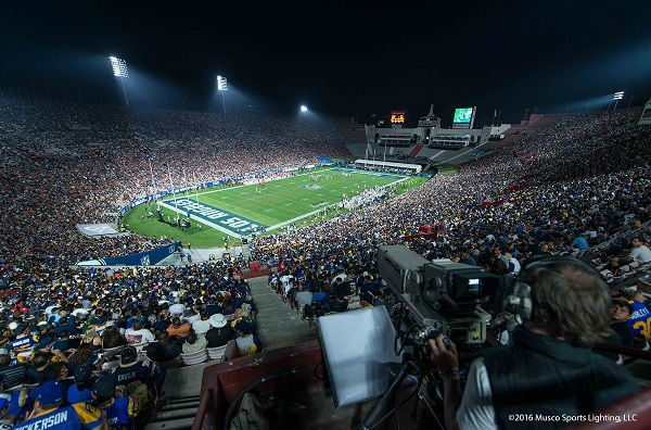 Muscou0027s LED lighting solution provides a more focused light on the field to improve visibility for players and fans.(Musco/LEDinside) & Los Angeles Memorial Coliseum Shines under LED Lighting System ... azcodes.com
