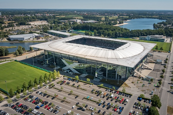 german first top league soccer stadium vfl wolfsburg. Black Bedroom Furniture Sets. Home Design Ideas