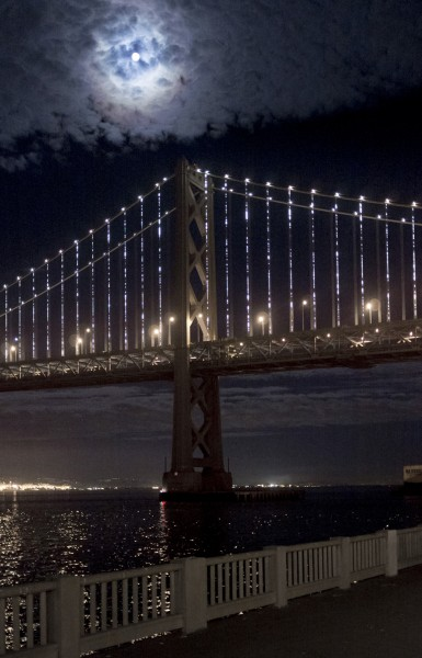 Philips LED Technology Helps Shine Light on the Bay Bridge as Sustainable Art.