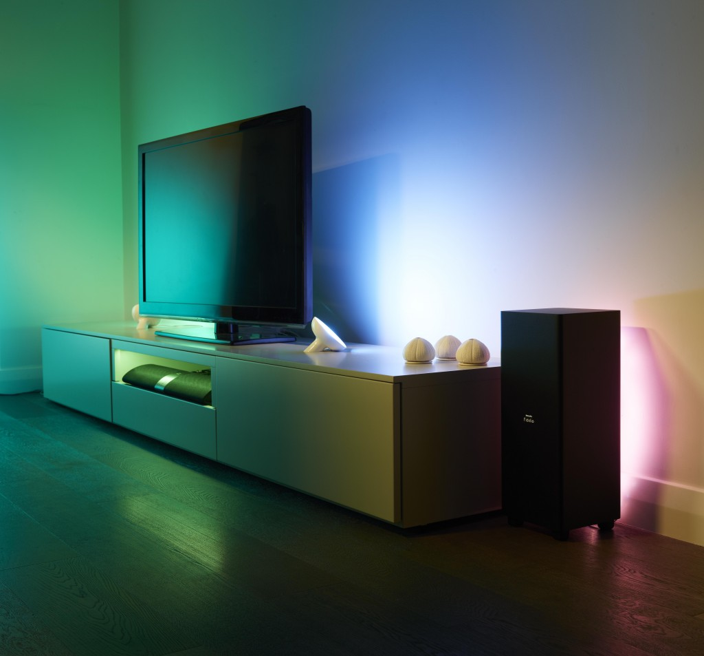 LivingColors-and-LightStrips-TV-Lifestyle