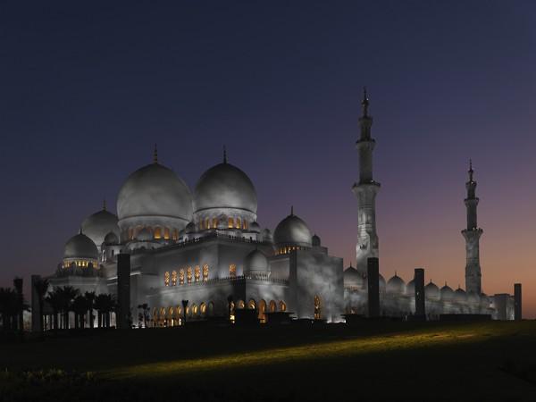Sheikh Zayed bin Sultan al Nahyan Mosque_Allan Toft