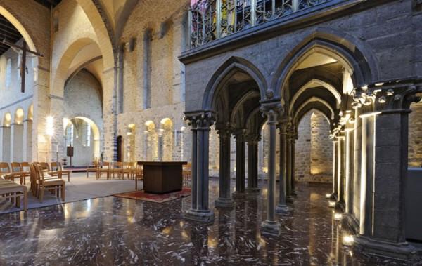 Saint-Gertrudis-Church3_LG