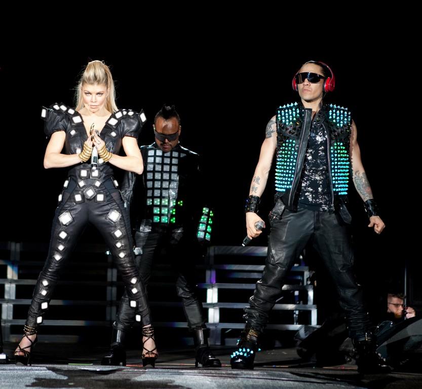 Black Eyed Peas Heat up with LED/OLED Technology