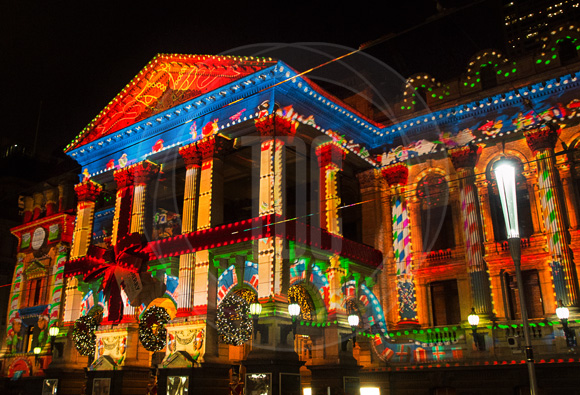 Melbourne Town Hall 2013 Christmas lighting projections designed by TDC. (Photo Courtesy of TDC) & Technical Direction Company Play of Light Brightens up Australia ... azcodes.com