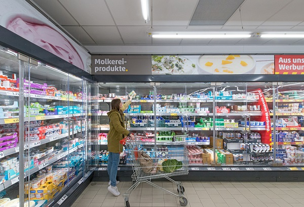 International supermarket chain- PennyMarkt light up with LED and close the chiller doors on rising energy costs and carbon emissions & International supermarket chain- PennyMarkt light up with LED and ...