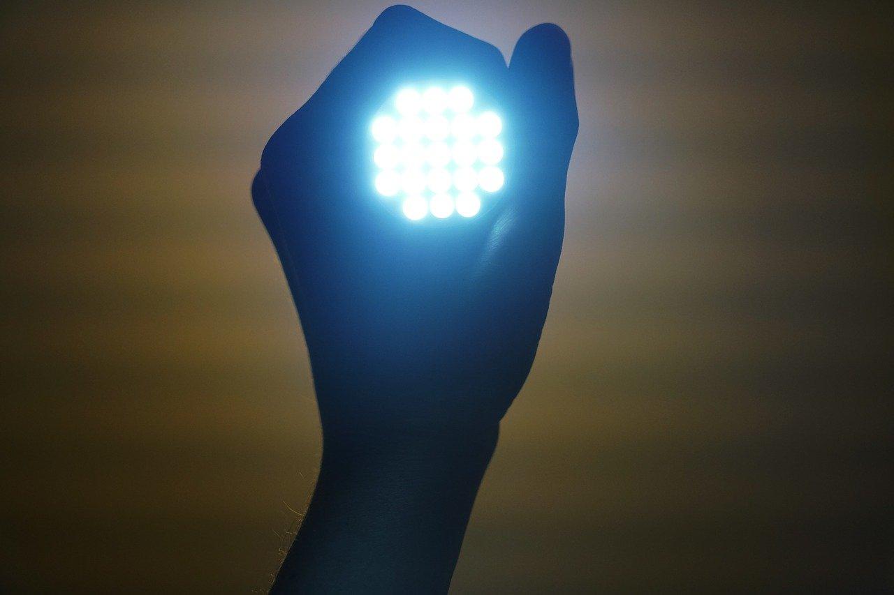 英国新关税体制下的免关税 LED 照明产品